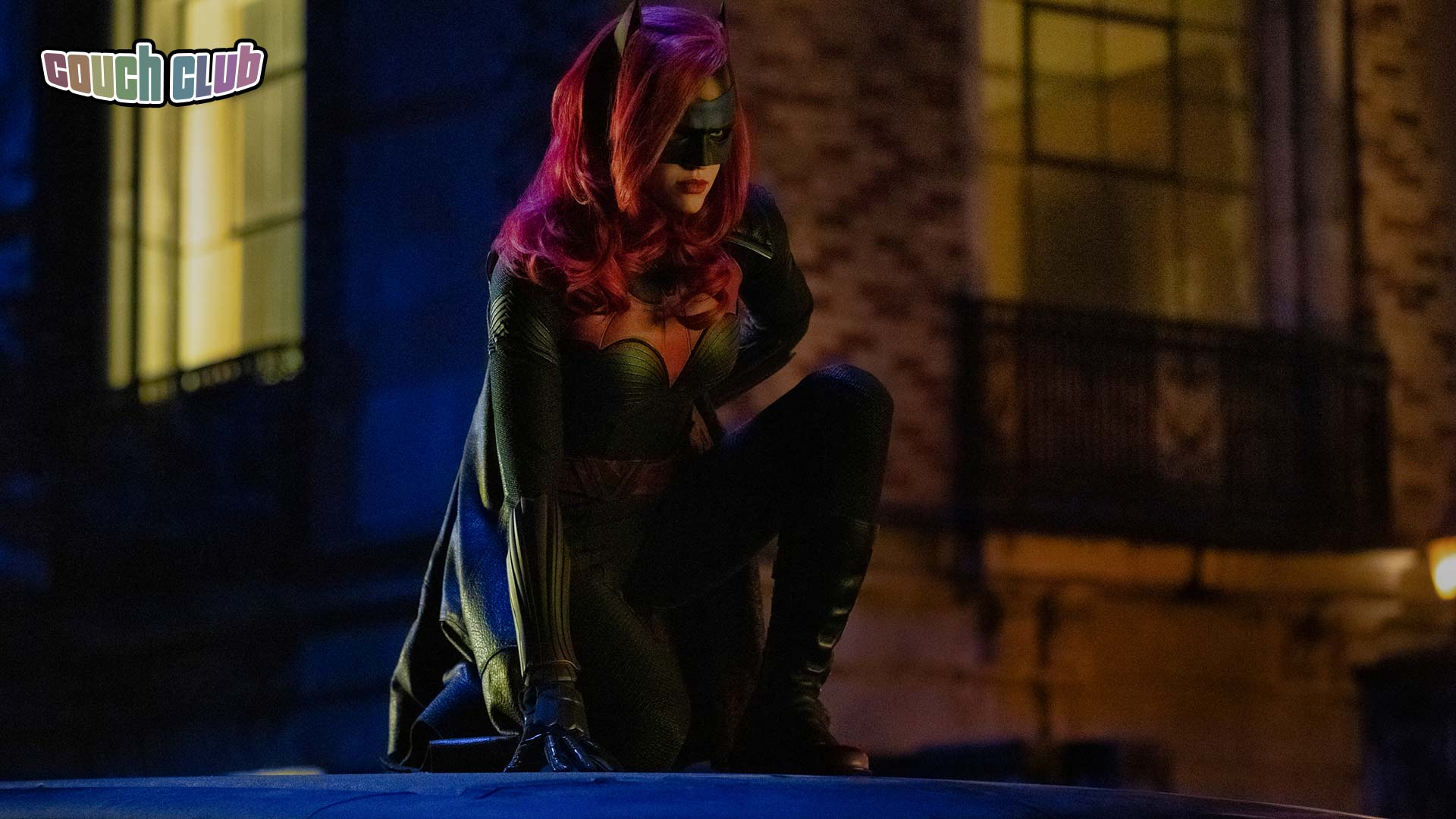 Elseworlds: The Batwoman of Gotham is Here! | DC