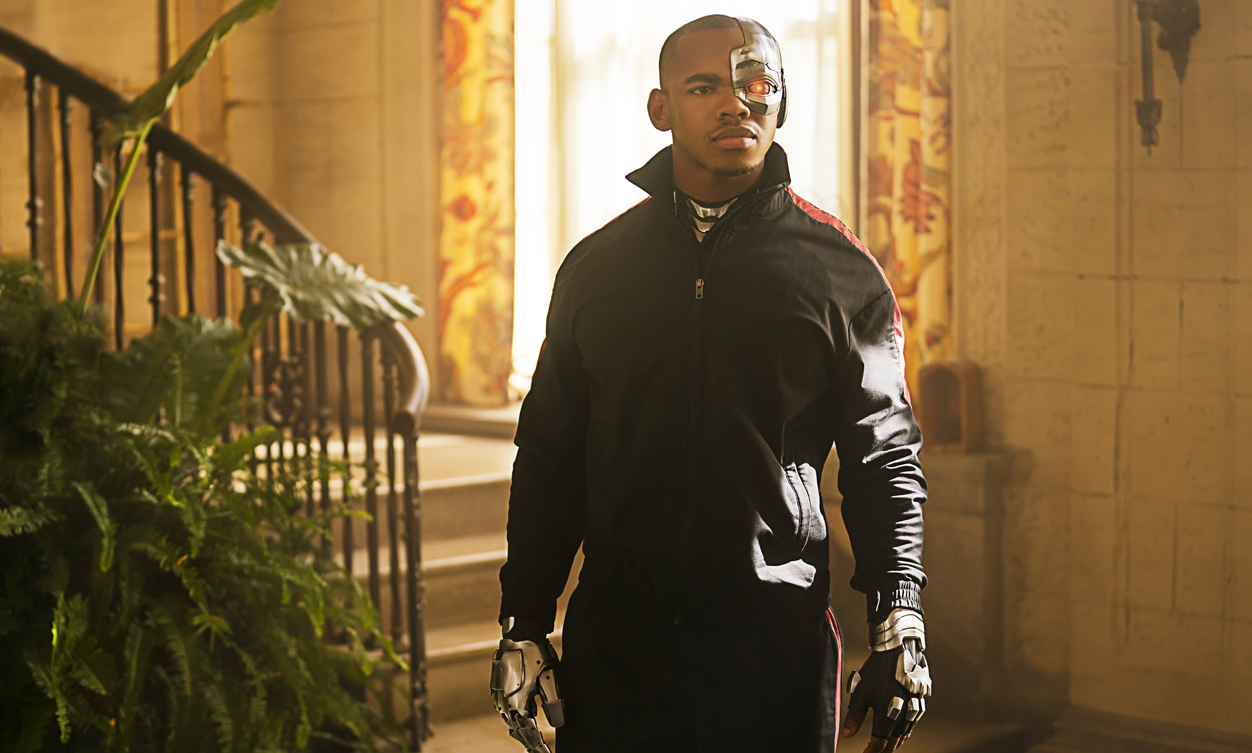 Why Joivan Wade S Cyborg Debuts On Doom Patrol Instead Of Titans Dc