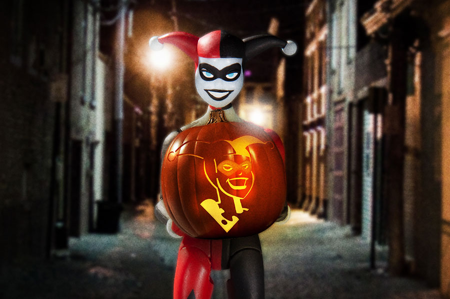 DC Collectibles: Carving a Batman: The Animated Series Pumpkin | DC