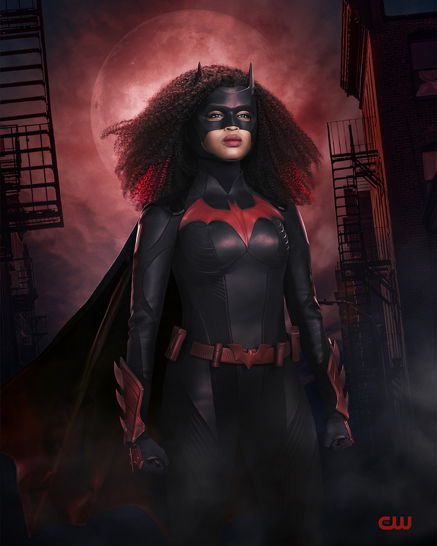 BAT S2 1stLOOK V4 900 5f971ad752bbd2.69542182 First Look: Javicia Leslie's Batwoman Gets a New Suit