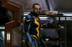 "Black Lightning and Lex Luthor Join the Struggle in New ""Crisis"" Pics"