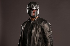 Arrow Exclusive: A New Look at Diggle's Suit