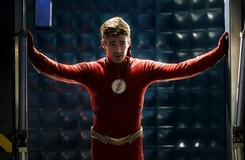 The Flash: Why is Barry in a Cell in the Latest Photos?