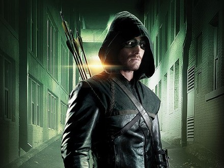 Breaking News: Arrow Casts Ray Palmer and More