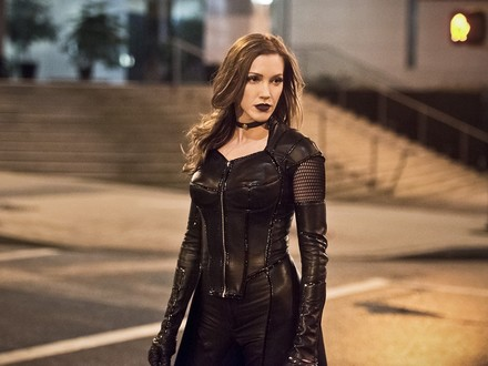 Breaking News: Katie Cassidy Returns to Arrow
