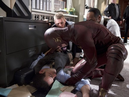 Ten Moments that Mattered: The Flash Travels Through Time