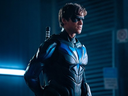 Growing Into It: Bringing Titans' Nightwing Suit to the Screen