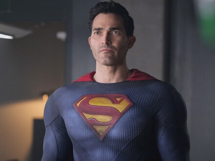 Superman & Lois Keeps its High-Flying Hero Grounded