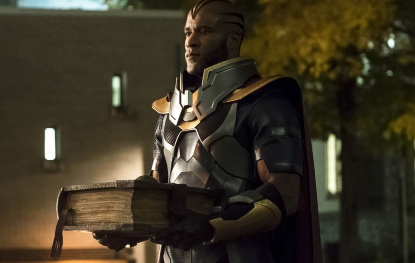 Elseworlds: More Intriguing Photos Released