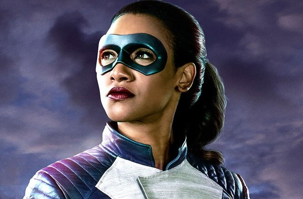 First Look: Iris West Suits Up!