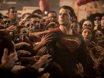 Batman and Superman Face Off in Newest Dawn of Justice Images