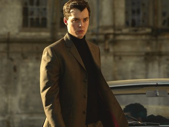 Jack Bannon Makes Alfred Pennyworth a Cool Man of Action