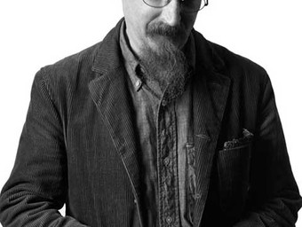 5.2 Reasons Brian Azzarello is One of the Best Writers in Comics