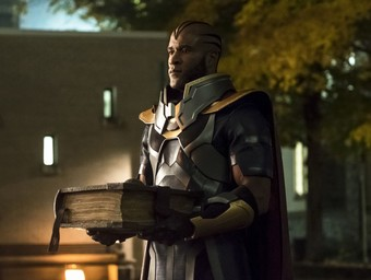 """By the Book: LaMonica Garrett Discusses The CW's """"Elseworlds"""""""
