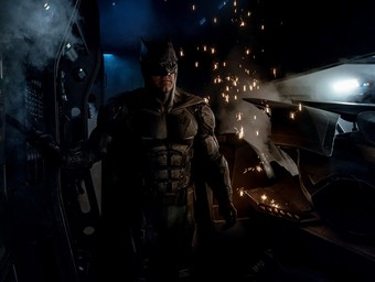 First Look: Justice League's New Tactical Batsuit