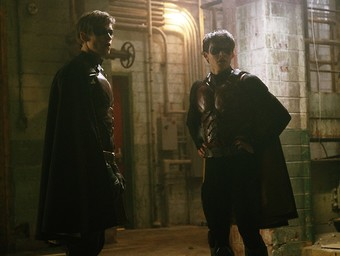 Titans: The Robins Square Off in New Episode Pics