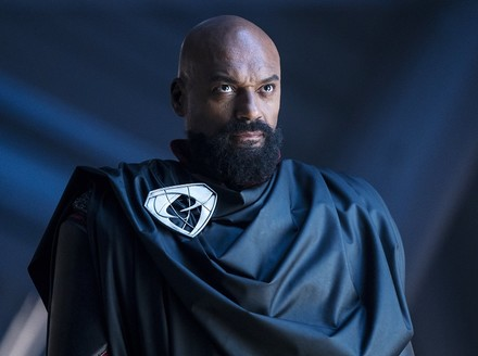 Krypton: Colin Salmon's Zod Shows What Happens when Villains Win