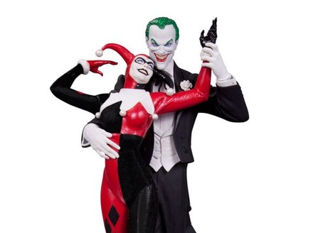 #DC1Million: Win a DC Collectibles Prize Package