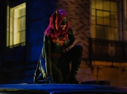 Breaking News: Batwoman Series Officially Coming to The CW
