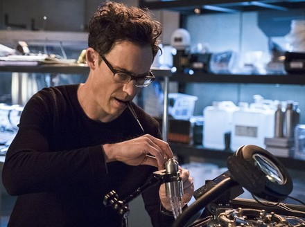 The Flash: The Many Faces of Harrison Wells