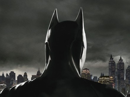 Gotham's New Poster Gives Us Our First Look at Batman
